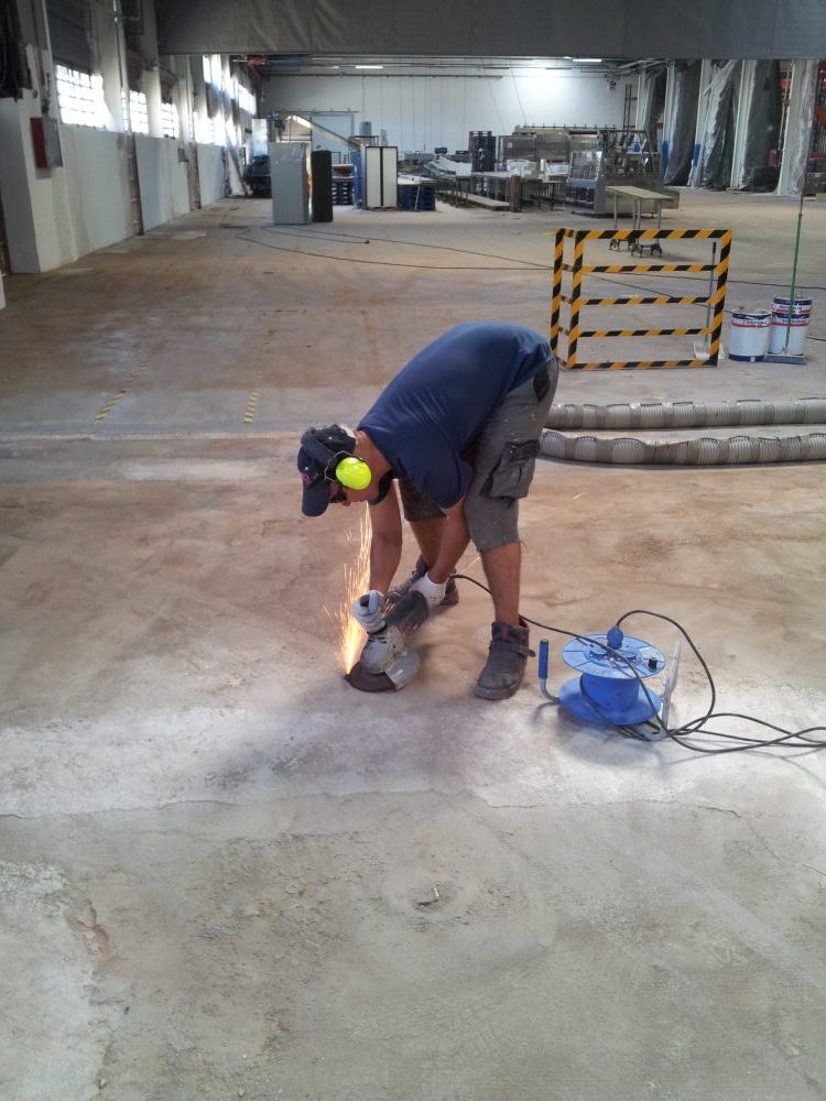 SANT BOI WAREHOUSE – RESTORATION OF FLOORING 2012 PHASE 2