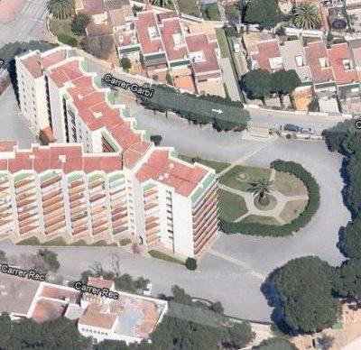Rehabilitación en la fachada del edificio «Proa» de Palamós
